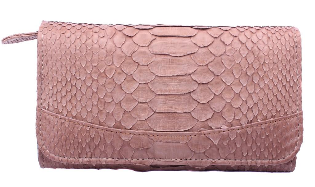 Petite-maroquinerie-pour-femme-en-python-véritable-modèle-de-portefeuille-Elle